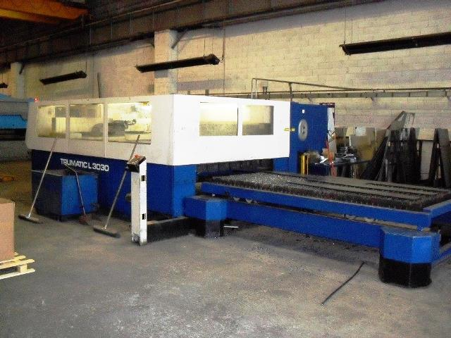 CNC Laser cutting center Trumpf TRUMATIC L 3030 second hand, new in 2001