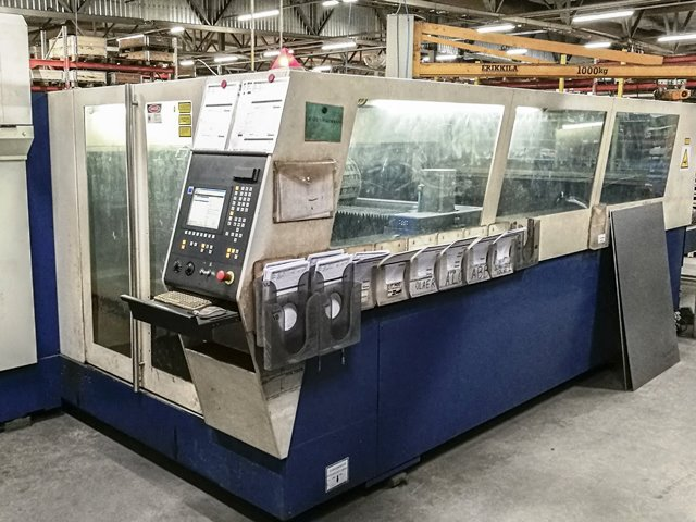CNC Laser cutting center Trumpf TRUMATIC L 3050 second hand, new in 2001